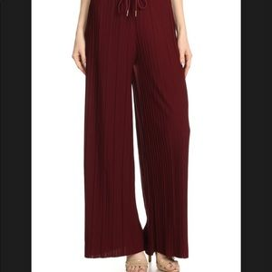 BURGUNDY PLEATED PALAZZO PANTS